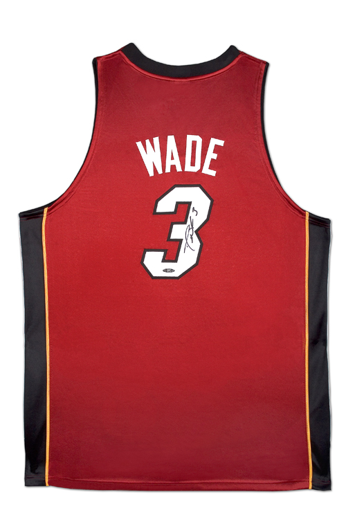 201eb7a36 Upper Deck signs Dwyane Wade to exclusive memorabilia deal - Beckett News
