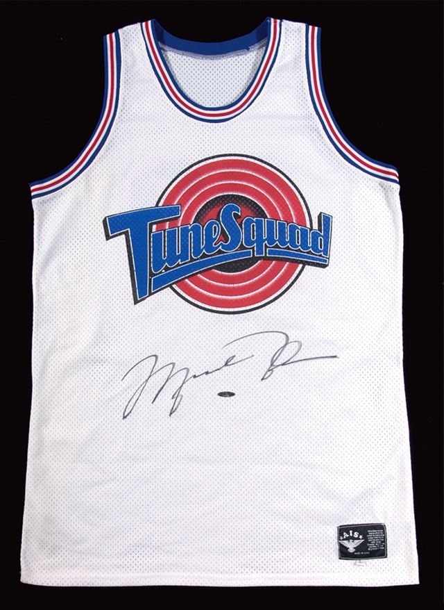 damxzf This Michael Jordan jersey auction is out of this world - Beckett News